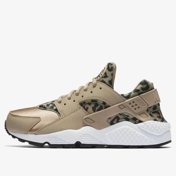 2fa278a4c03 Nike Air Huarache Run - Leopard Print